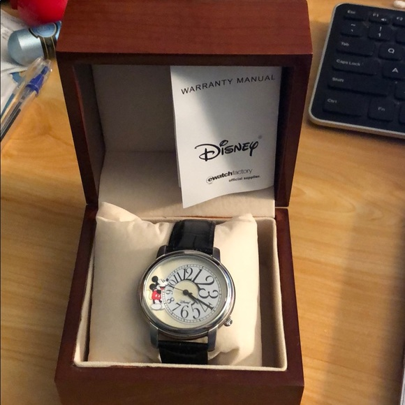 Disney Other - Men's Disney Watch